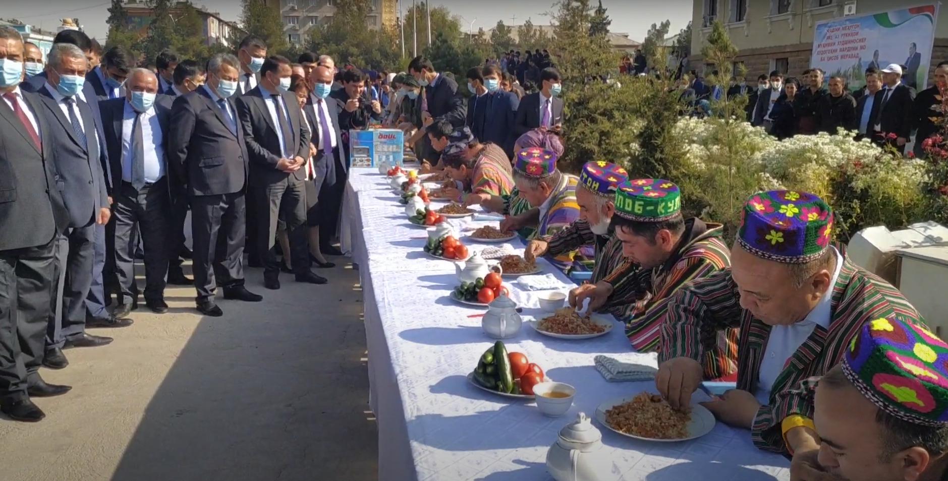 семья рахмона в таджикистане какой место занимает